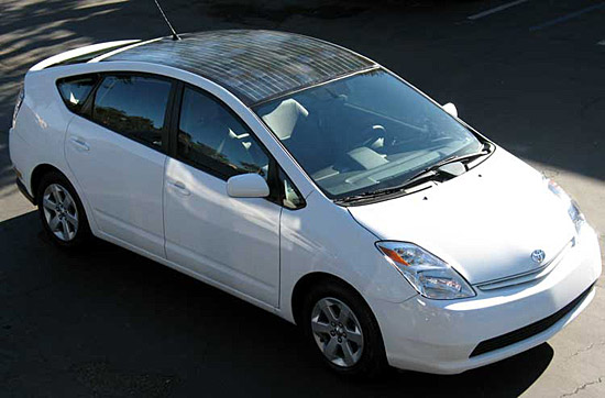 toyota con paneles solares