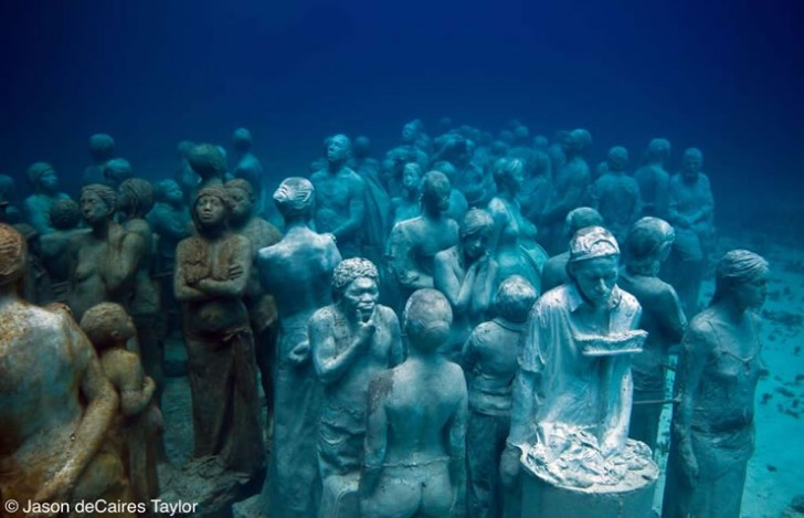 estatuas-bajo-mar-silent-evolution-2
